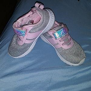 Like new toddler girls nautica shoes